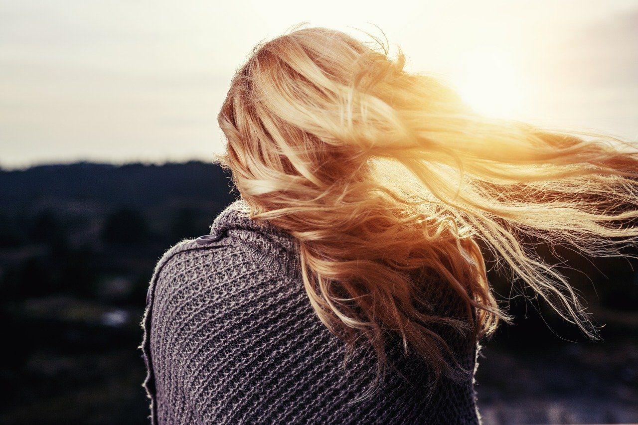 cheveux-ondulés